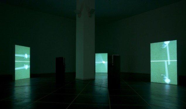 Seriel koregrafi, 2012, variable length videoloop, 3 á 160 x 100 x 14 cm. Courtesy: Galleri Susanne Ottesen.