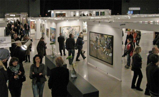 Art Herning er altid velbesøgt af kunstkøbere og andre interesserede