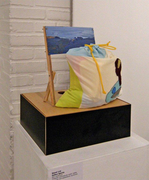 Ellen Hyllemose havde lavet denne lille opsats med stafeli, maleri og tilhørende pose