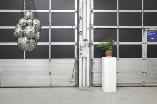 """H2o"" installation på IMO, 2012. Foto: Kristoffer Juel Poulsen."