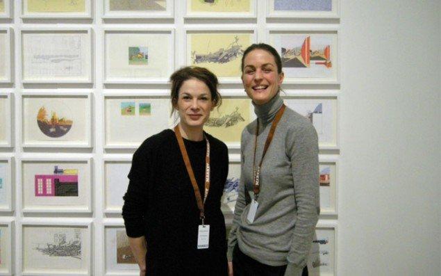 Glæde hos OSL comtemporary. Her Maria Bergen og Emilie Magnus.