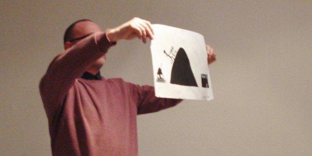 En af claus ejners tegninger - her om den moderne Sisyfos. Foto: Sandra M. Nielsen