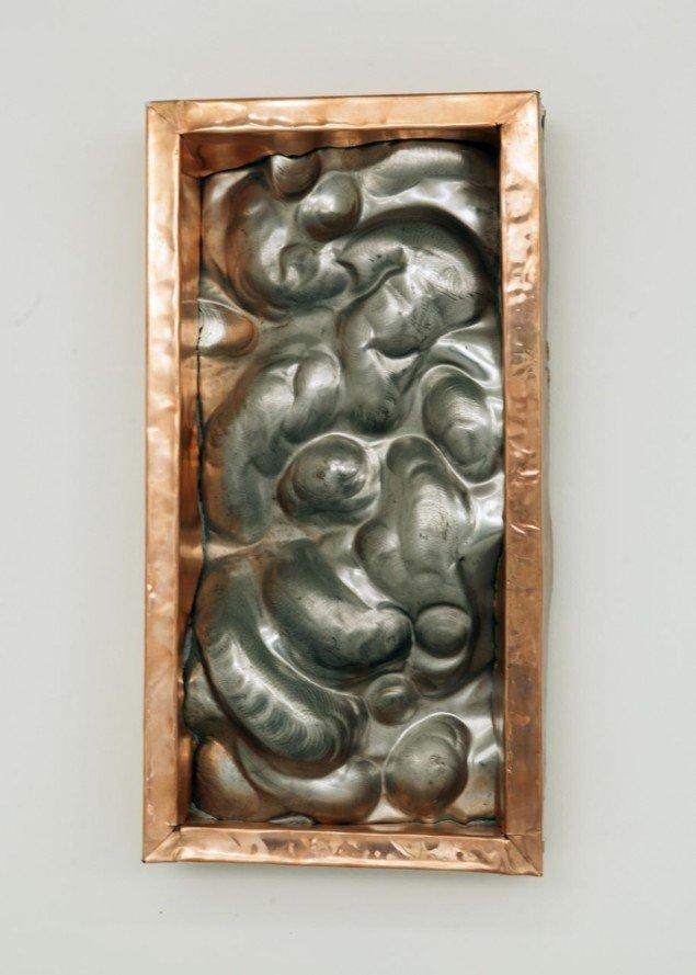 Kurt Tegtmeier: Organ 2012. Relief. Stål og kobber. Foto: Nils Rosenvold
