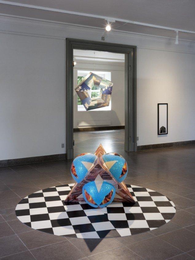 Louise Sparre: Micro Macro, 2013. Installationsview. Foto: Lea Nielsen