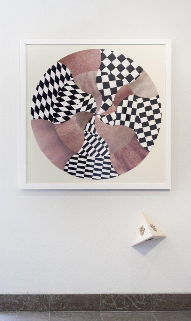 Louise Sparre: Hud mod hud, 2013, 88,5x88,5 cm. Print og materialer. Foto: Lea Nielsen