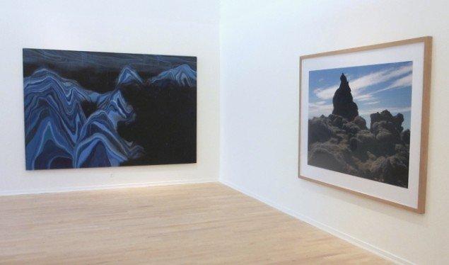 Til venstre Daniel Ricther Uden titel. Til højre Per Bak Jensen: Lava. Foto: Ole Bak Jakobsen
