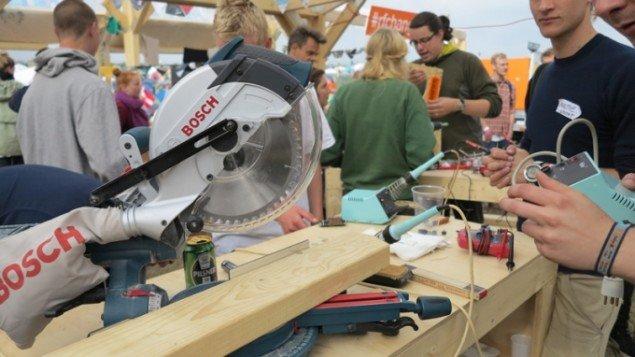 Hardwear er der rigeligt af i Maker Space. (Foto: Jenny Selldén)