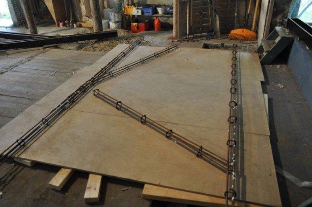 Peter Olsens værk skal støbes i beton. Her ses støbeformene. (Pressefoto)