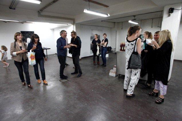 Henningsen Gallery fejrede de 450 m2 store lokaler på Pasturevej. Foto: Carsten Nordholdt.