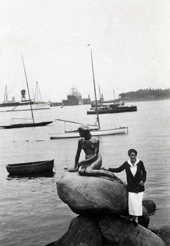 To magiske kvinder. Louise Bourgeois og Den Lille Havfrue i 1932. (©The Easton Foundation / COPY-DAN)