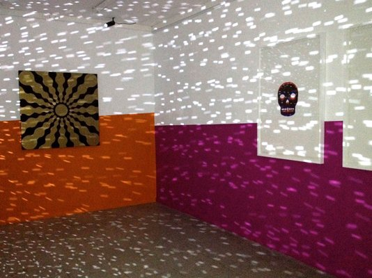 John M Armleder: Enter Before You Leave, installationview. Foto: Specta
