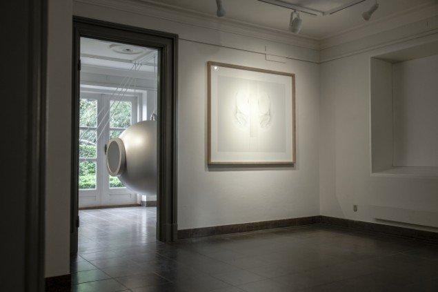 Sophia Kalkau: Gennem Sort, installationsview, Møstings Hus, 2013. Pressefoto
