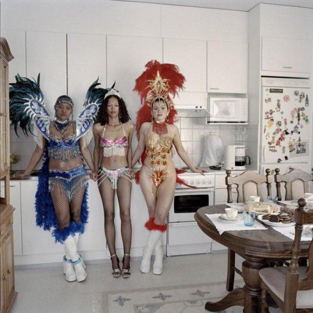 Henrik Saxgren: Samba Girls, Ulou, Finland, 2005