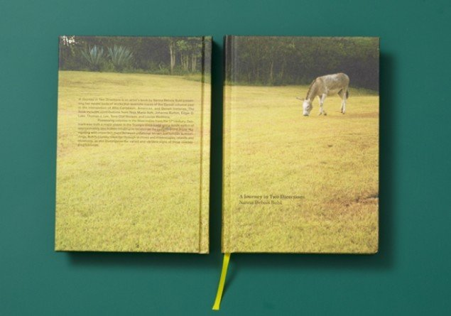 Nanna Debois Buhl A Journey in Two Directions 2010, artist's book, Revolver Publishing, foto: Anders Sune Berg