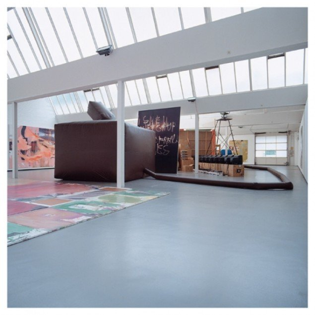 HEADLESS TOUR (HALF SNOWBALL) Kunsthalle Gôppingen,DE,2003...