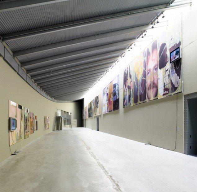 Installation view   HI BOB  ARKEN 2006. Foto: Anders Sune Berg