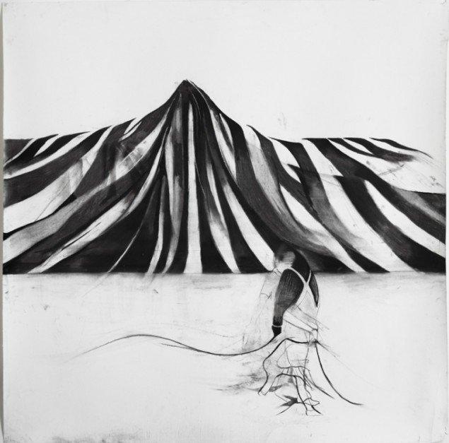 Cathrine Raben Davidsen: Curtain, 2013. Kul på papir, 130 x 130 cm. Pressefoto