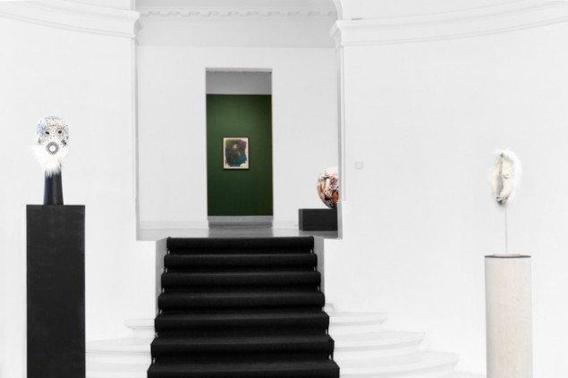 Udstillingsview. Cathrine Raben Davidsen: The Harlequin Set. På Martin Asbæk Gallery 2013. Pressefoto
