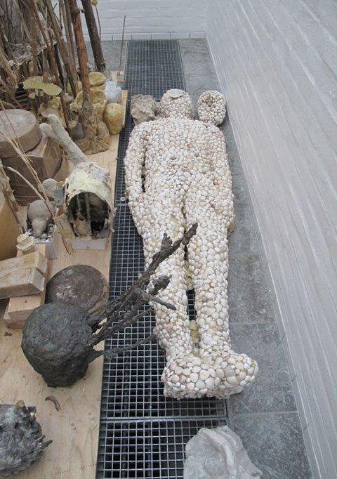 Emil Westman Hertz  Sømandens grav detalje. Pressefoto