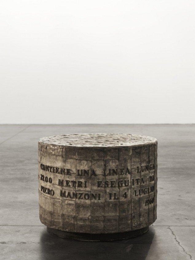 Piero Manzoni: A Linea Lunga 7200 metri. Foto Gunnar Merrild.