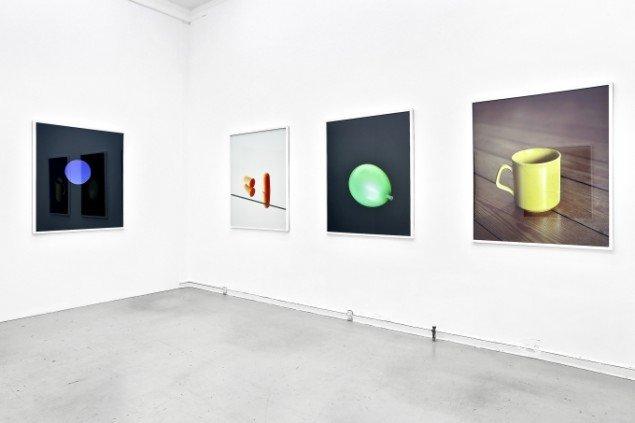 Udstillingsview fra På en klar dag, Peter Lav Gallery 2013-2014. Pressefoto