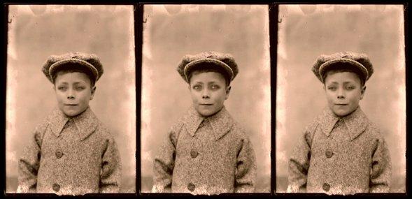 Joachim Fleinert: Detalje The Boy With The Hat fra videoinstallationen Reflective memories 2011. Screenshot.