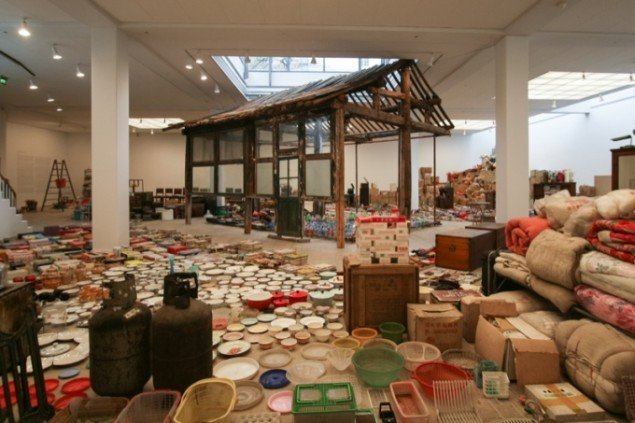 Song Dong: Waste Not, 2005. Mixed media installation. Foto: Mette Lucca/Kunsthal Aarhus