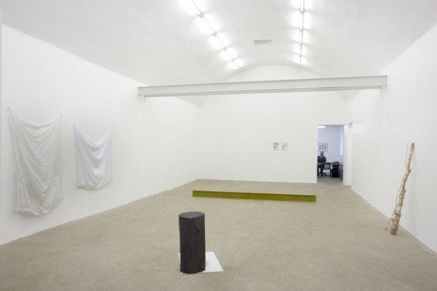 Installationsview. Tina Maria Nielsen: I Am - You are, Galleri Thomas Wallner 2014. Pressefoto