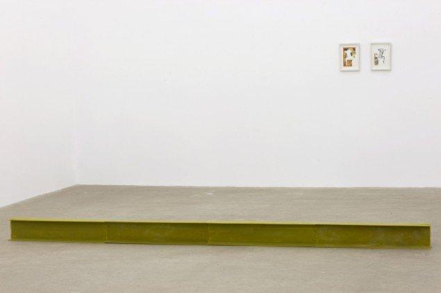 Tina Maria Nielsen: I On, 2013. Voks, jern. På I am - You are, Galleri Thomas Wallner 2014. Pressefoto