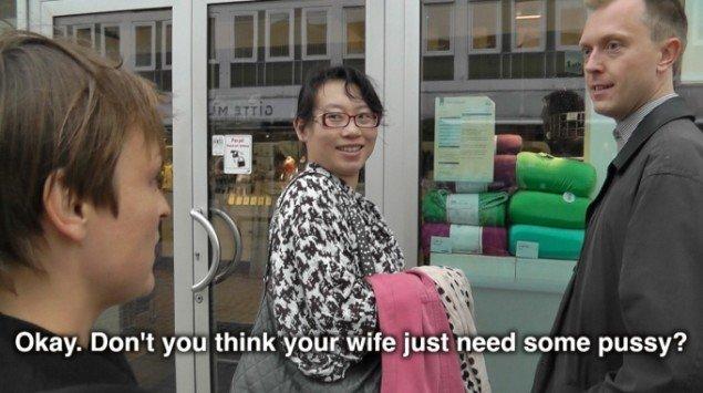 Naja Maria Lundstrøm: Fisse 2012. Video still. Fra gruppeudstillingen Alpha-Beta-Gamma, BKS Garage
