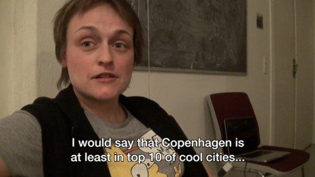 Naja Maria Lundstrøm: Copenhagener 2011. Video still. Fra udstillingen Carstensgade 4, Baghold