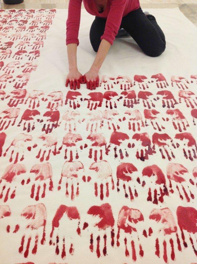 Lilibeth Cuenca Rasmussen ifærd med Blodbillede. Foto: Julie Hanne Møller