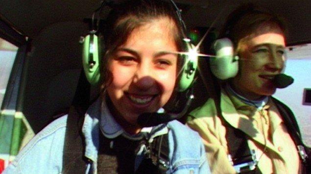 Still fra filmen Smiling in a War Zone 2005.