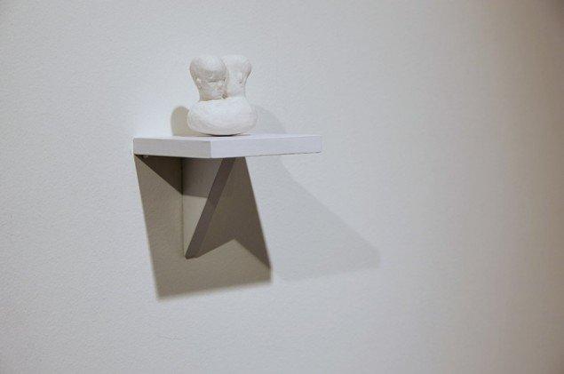 Bianca Maria Barmen: Tvillingar, 2012. Bemalet Gips. På Skulptur og pagode, Vestjyllands Kunstpavillon 2014. Foto: Heine Skjerning