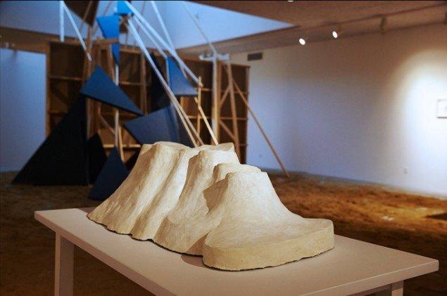 Bianca Maria Barmen: Ô, 2007. Bemalet gips. På Skulptur og pagode, Vestjyllands Kunstpavillon 2014. Foto: Heine Skjerning