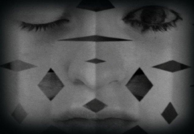 Rikke Benborg: Still fra Masquerade 2012