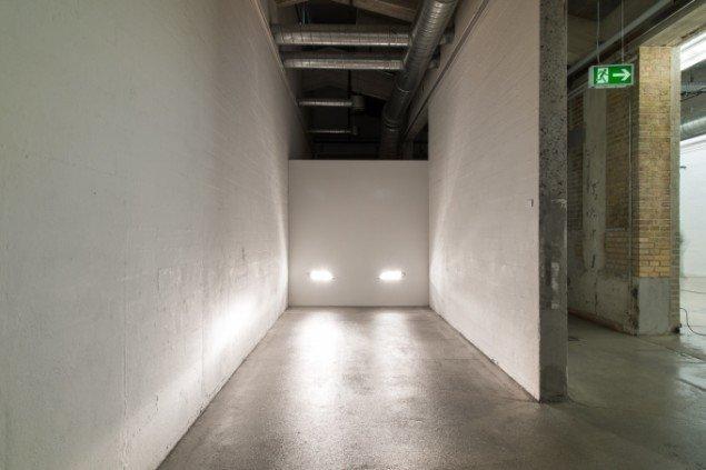 Daniel Svarre: Headlight, 2014. På SOLO, Kunsthal Nord 2014. Foto: Niels Fabæk