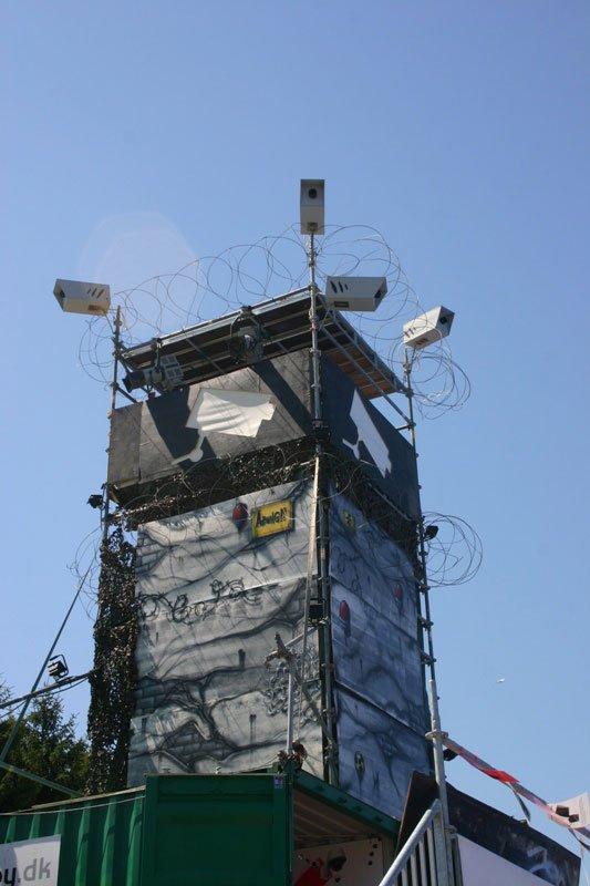 Vagttårnet med kraftig symbolik. Foto: Kristian Handberg.