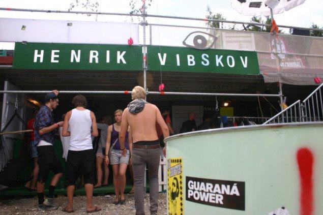Kreativt marked på festivalpladsen. Foto: Kristian Handberg.