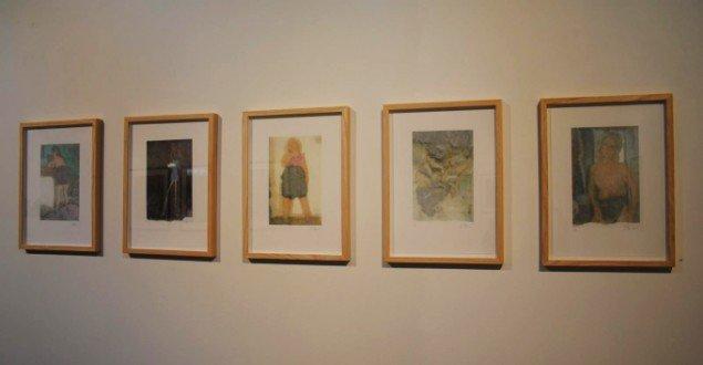 Jens Birkemose: Fotolitografier, 37 x 28 cm, 2012. På Mostly Black and White, Kunstpakhuset 2014. Foto: Bente Jensen