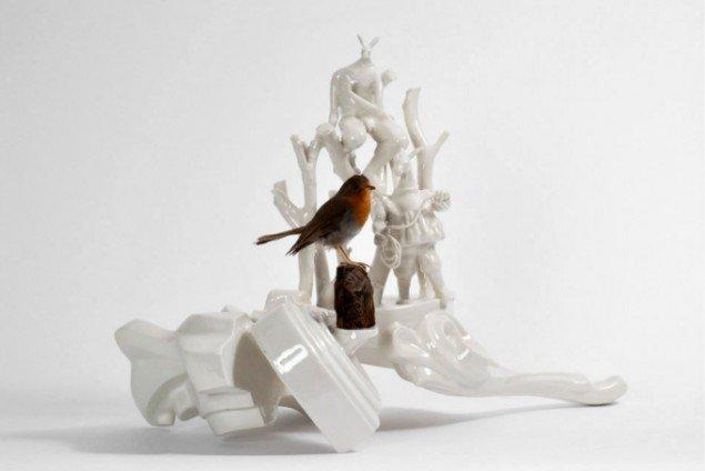 Louise Hindsgavl: Potential Invasive Species, 2011, porcelæn og blandede materialer, 36x48x25 cm. Foto: Louise Hindsgavl
