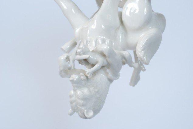 Louise Hindsgavl: Quiet Please (detalje), 2014, porcelæn, 42x33x26cm. Foto: Louise Hindsgavl
