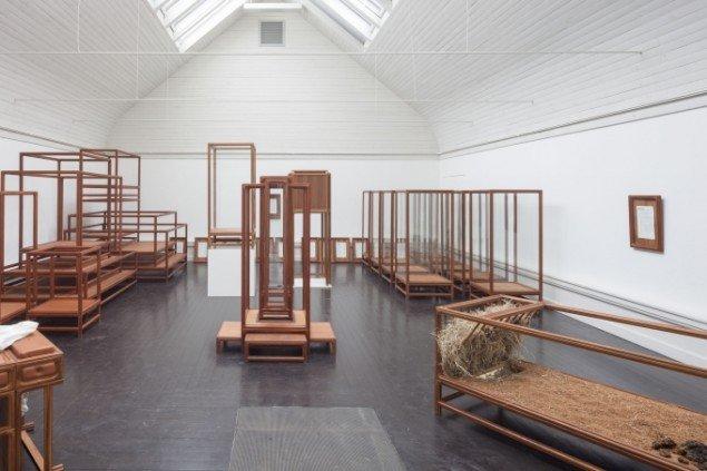 benandsabastian: Museum of Nothing, 2014. View fra udstillingen Beyond Reach - en udstilling om rum, Den Frie Udstillingsbygning. Foto: Anders Sune Berg