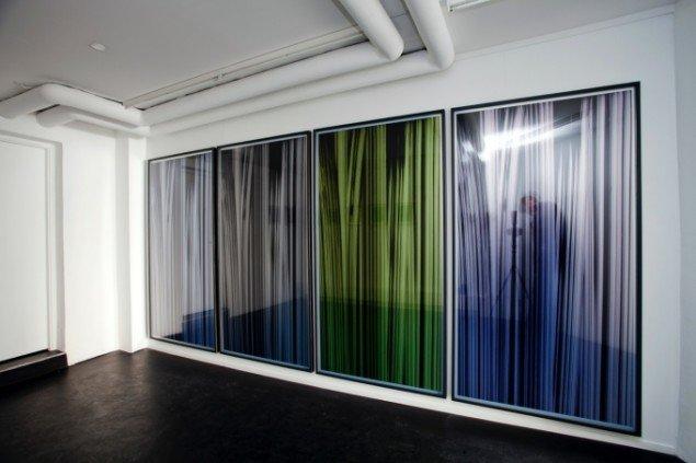 Udstillingsview fra VERTICAL, Marianne Friis Gallery. Foto: Michael Mørk