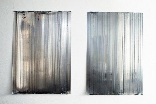 Ruth Campau: Silver Curtain I og II. På VERTICAL, Marianne Friis Gallery. Foto: Michael Mørk