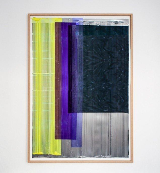 Ruth Campau: NY Vinyls (yellow, purple, black, silver) 2013, 2013. Akryl på mylar, vinyl, folie, polyester. 156 x 110 cm. På VERTICAL, Marianne Friis Gallery. Foto: Michael Mørk