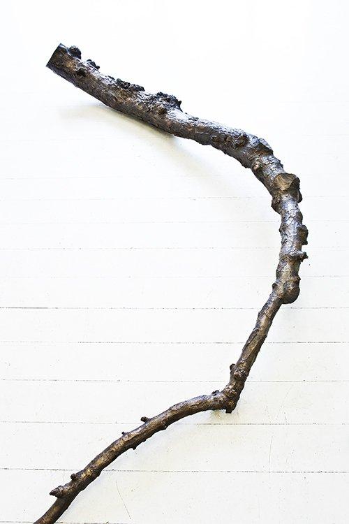 Tina Maria Nielsen: Line of descent (detalje), 2013. Bronze. På Hver og én, Charlotte Fogh Gallery. Foto: Gert Skærlund Andersen