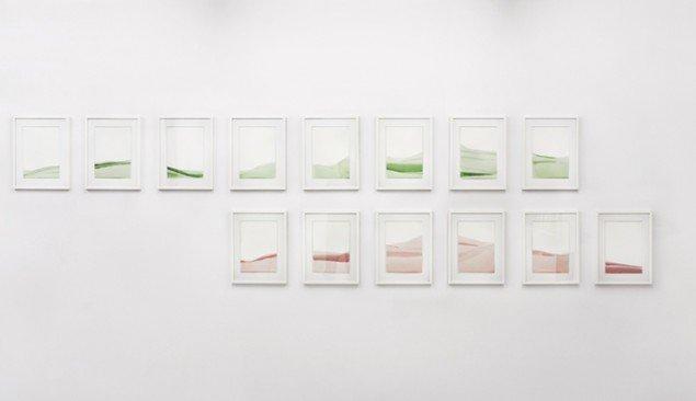 Tina Maria Nielsen: Where we meet, 2014. Papir og voks. På Hver og én, Charlotte Fogh Gallery. Foto: Gert Skærlund Andersen