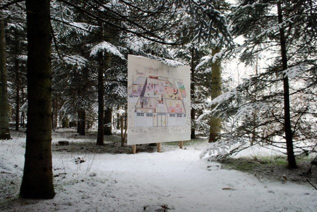 Mette Vangsgaard: Fitness Fitness, Outside is the Forest, 2013, fra Skovsnogen Art Space. Foto: Torben Zenth
