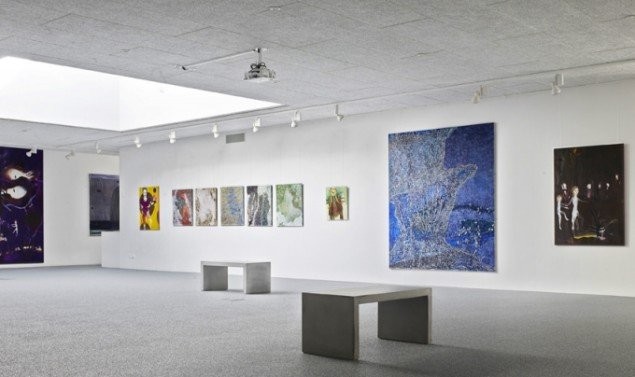 Udstillingsview fra Double Butterfly, Myrrapollen og Den usynlige kat, Vestjyllands Kunstpavillon. Foto: merrild photography